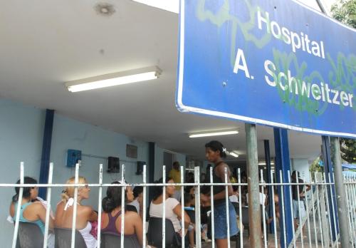 Pediatrics waiting room at the Albert Schweitzer hospital in Rio de Janeiro.  Credit: Agência Brasil Marcello Casal Jr/EBr
