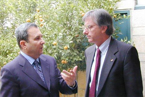 Then-Israeli Prime Minister Ehud Barak, left, with former U.S. diplomat Dennis Ross, in 1999. Ross is known for having strong pro-Israeli views. Credit: Public domain via Wikimedia Commons