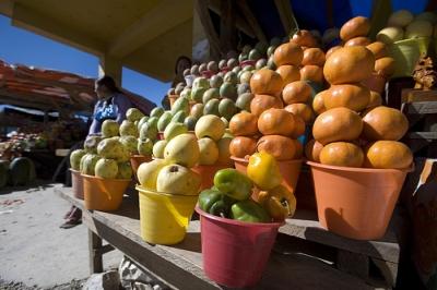 Market in the indigenous village of Oxchuc, Chiapas, Mexico. Credit: Mauricio Ramos/IPS
