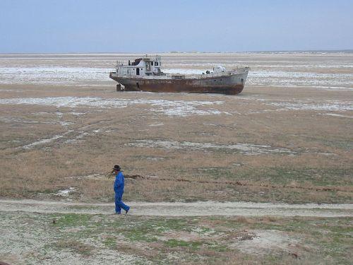 Orphaned ship in the former Aral Sea, near Aral, Kazakhstan. Credit: Public domain