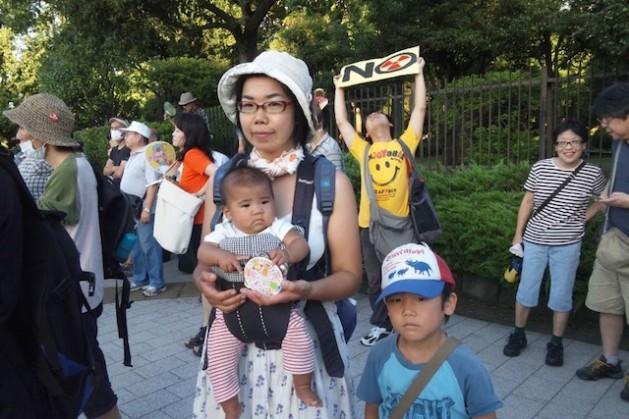 In Japan, anti-nuke protests draw tens of thousands of average citizens. Credit: Suvendrini Kakuchi/IPS