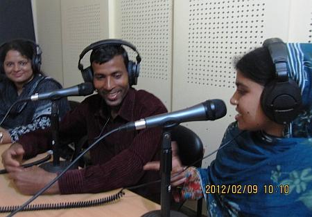 Amal Chandra Sarker shares farming experiences over community radio. Credit: Naimul Haq/IPS