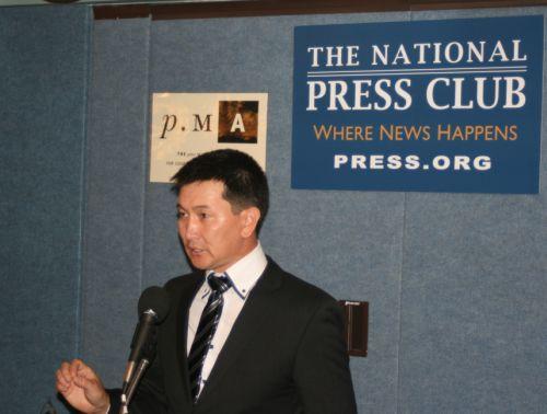 Lukpan Akhmedyarov speaks at the National Press Club in Washington. Credit: Christopher Pala/IPS