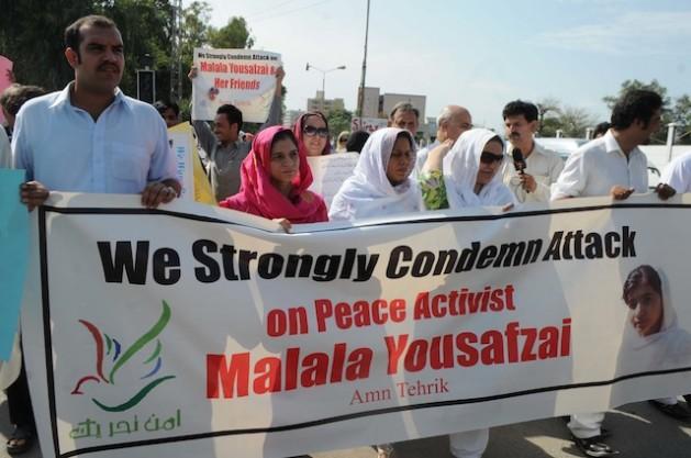 Malala Yousufzai supporters in Peshawar. Credit: Ashfaq Yusufzai/IPS.