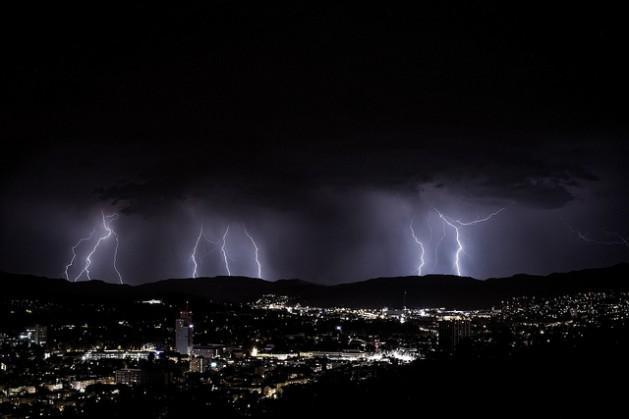 A thunderstorm over Zurich, Switzerland. Credit: Kuster & Wildhaber Photography/cc by 2.0