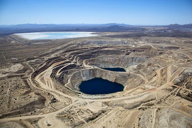 An open pit copper mine. Credit: Bigstock