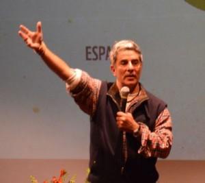 Pedro Bara talking to activists and indigenous representatives. Credit: Denise Oliveira/WWF Living Amazon Initiative