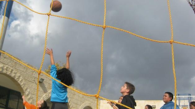 Children at an Israeli-Arab school set their sights high on harmony. Credit: Pierre Klochendler/IPS.