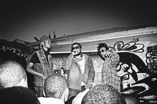 Arusha hip hop producer Daudi Bakari hypes up the crowd at a Saving Underground Artists (S.U.A.) event. Credit: Loic Nogues/IPS