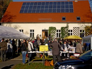 Parsonage in Atterwasch with solar panels. Credit: Christian Huschga