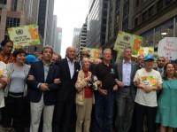 Ban Ki-moon, Ségolène Royale, Laurent Fabius, Al Gore and Manuel Pulgar Vidal, Jane Goodall and Bill De Blasio link arms in climate action solidarity.