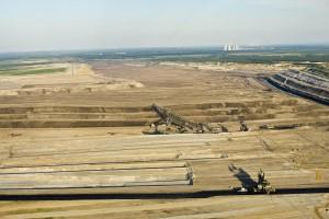 Aerial view of Vattenfall's brown coal (lignite) open pit mine in Jaenschwalde, Germany. Credit: ©Greenpeace/J Henry Fair