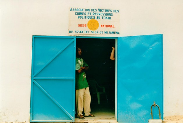 A scene from the mission of the International Federation for Human Rights (FIDH) to Chad to inquire into crimes committed by the regime of Hissène Habré in 2001. Credit: FIDH/cc by 2.0