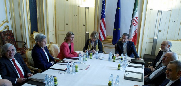 EU High Representative for Foreign Affairs and Security Policy Federica Mogherini with with Iranian Foreign Minister Javad Zarif and American Secretary of State John Kerry at the Palais Coburg Hotel, the venue of the nuclear talks in Vienna, Austria on July 9, 2015. Credit: European External Action Service