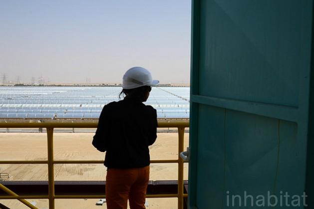 Shams 1 Concentrated Solar Plant. Credit: Inhabitat Blog/cc by 2.0