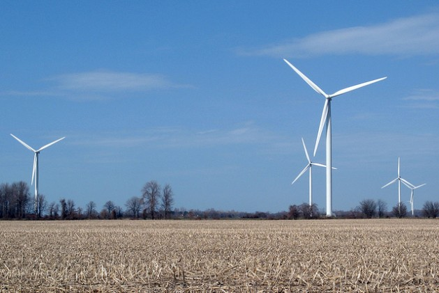 Canada's Erie Shores Wind Farm includes 66 turbines with a total capacity of 99 MW. Credit: Denise Morazé/IPS