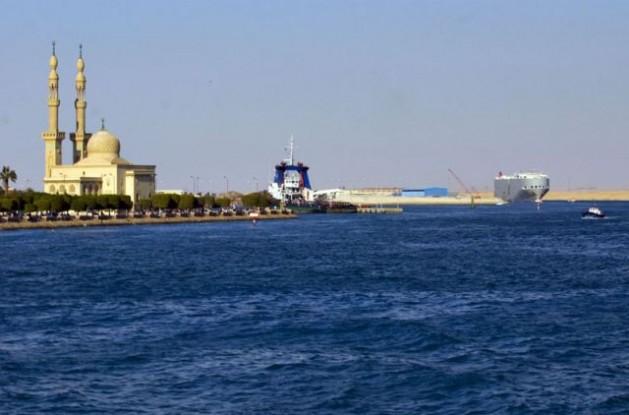 Southern exit of the Suez Canal, Port Suez. Credit: WPCOM/Heb