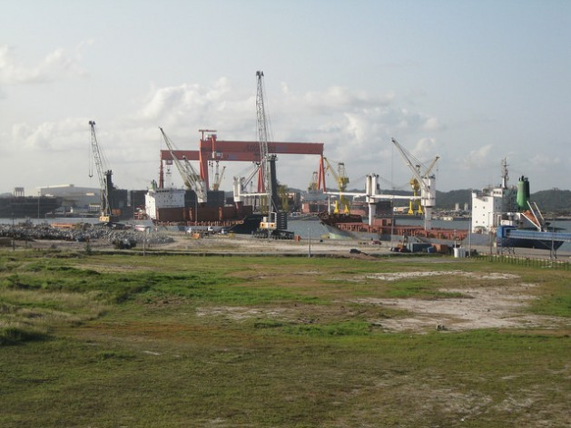 The South Atlantic Shipyard is the biggest in Suape Port, in the Northeast Brazilian state of Pernambuco, where oil tankers have been built after a slow start that threatened to put an end to the project. Credit: Mario Osava/IPS