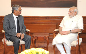 Former Prime Minister of Nepal Sher Bahadur Deuba (left) calls on Prime Minister Narendra Modi (right). Credit: Wikimedia Commons