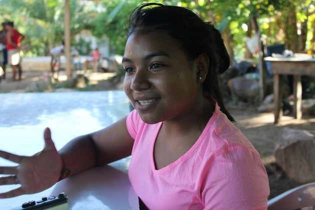 Cinthia Padilla, the 16-year-old who has revolutionised the village of Plan Grande on the Caribbean coast of Honduras, where she teaches local residents to use basic computer programmes and is using an Internet platform to help prevent teen pregnancy. Credit: Thelma Mejía/IPS