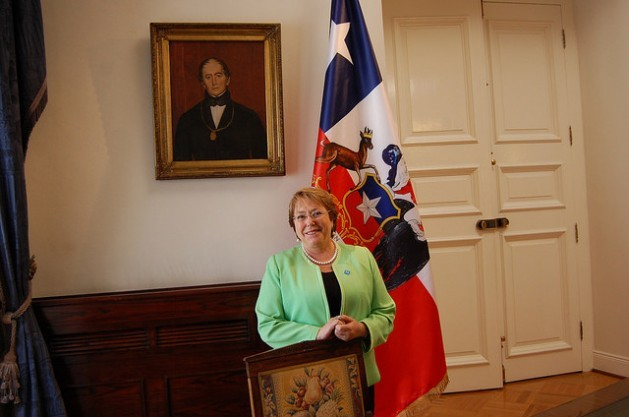 Chilean President Michelle Bachelet during an exlusive interview with IPS in the Blue Room in the Moneda Palace, the seat of government, in Santiago, before flying to Paris to participate in the Nov. 30 inauguration of the climate summit, to be hosted by the French capital until Dec. 11. Credit: Marianela Jarroud/IPS