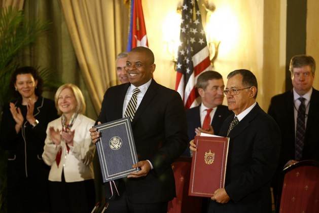 U.S. Secretary of Transportation Anthony Foxx (left) and his Cuban counterpart Adel Izquierdo signed an agreement Feb. 16 in Havana to restore commercial flights between the two countries. In the last year, four U.S. cabinet secretaries have visited Cuba. Credit: Jorge Luis Baños/IPS