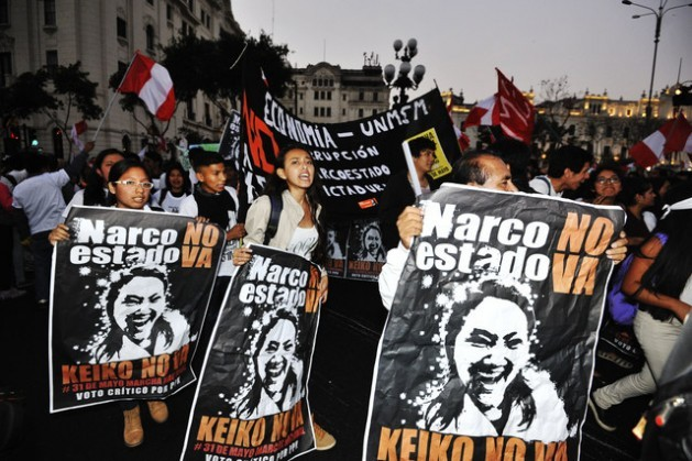 """""""No Narco-state, No Keiko!"""" was the chant repeated endlessly by protesters during the massive May 31 demonstrations in Lima and many other cities in Peru against the possible triumph of presidential candidate Keiko Fujimori. Credit: Courtesy of La República"""