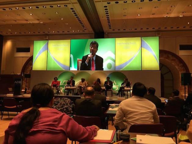 ADB president Takehiko Nakao speak at the Food Security Forum in Manila. Credit: Diana G. Mendoza/IPS