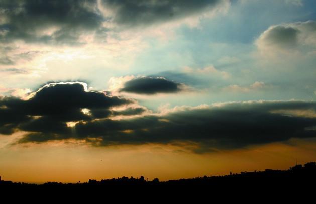 Dark pollution clouds over Cairo. Credit: Khaled Moussa Al-Omrani/IPS.