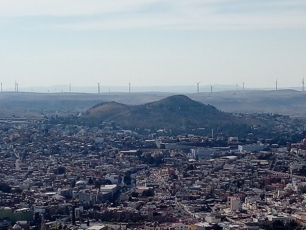 In Mexico, wind farms spark controversy due to complaints of unfair treatment, land dispossession, lack of free, prior and informed consent and exclusion from the electricity generated. In the photo, wind turbines frame the horizon of the northern city of Zacatecas. Credit: Emilio Godoy/IPS