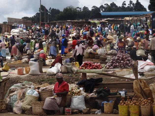 Market place in rural Kenya -Photo: Courtesy of FAO