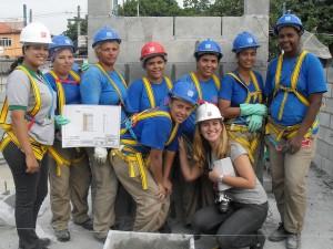 Women are working in construction in Rio de Janeiro. Credit:Fabiana Frayssinet/IPS