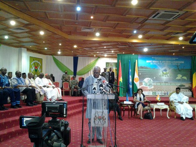 The President of Burkina Faso Roch Kaboré spoke on behalf of his peers Ibrahim Boubacar Kéita of Mali and Mahamadou Issoufou of Niger at the celebration of the World Day to Combat Desertification, June 2017. Credit: Younouss Youn/IPS