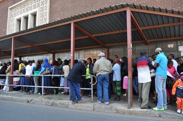 Zimbabweans applying for South African work permits in Johannesburg in 2010. Credit: Raymond June/flickr