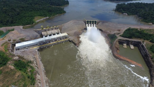 Aerial view of the TelesPires Hydropower Plant, which has been operating since 2015.With an installed capacity of 1,820 MW, it is the biggest plant on the TelesPires River, which runs across the west-central state of MatoGrosso. Built in the middle of the Amazon rainforest, the reservoir is only 160 sq km in size and only displaced one family. Credit: Courtesy of CHTP