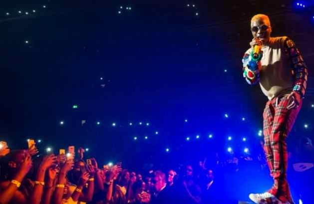 Wizkid performs in London, United Kingdom. Photo: Alamy/Michael Tubi - Nigerian music is drawing interest from beyond the borders, showcasing the vitality of a creative industry that the government is now depending on, among other sectors, to diversify the economy and foster development.