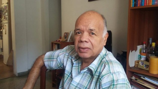 """Fernando García, a 60-year-old Venezuelan who heads a family that is moving en bloc to Peru from a town near Caracas, after deciding """"to start over as a family"""" after a lifetime of work. Credit: : Humberto Márquez/IPS"""