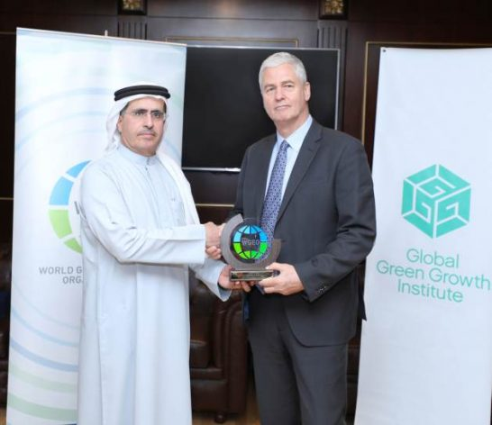 The World Green Economy Organization (WGEO) and the Global Green Growth Institute (GGGI) signed a partnership agreement today in Dubai to fast-track green investments into bankable smart city projects.