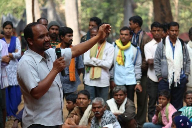 Madia activist Lalsu Nagoti speaking to community