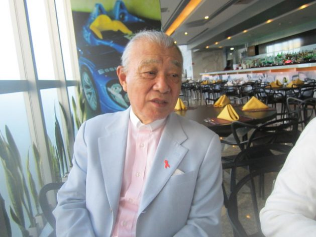 """Yohei Sasakawa, president of the Nippon Foundation, is interviewed by IPS in the Brazilian capital, where he concluded a tour of the country aimed at promoting the elimination of Hansen's Disease, better known as leprosy, and also the stigma that make it the """"disease of silence."""" Credit: Mario Osava/IPS"""
