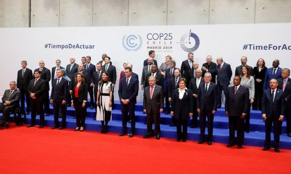 Family photo at the opening of the 25th Conference of the Parties (COP25) on climate change, taking place in Madrid Dec. 2 to 13. Credit: UNFCCC