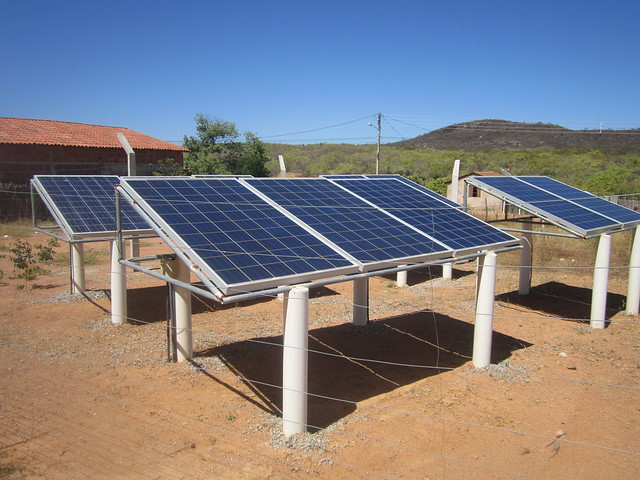 Solar panels generate electricity to pump water to a tank on a neighbouring hill and to supply water by gravity to 120 families in a neighbourhood in Aparecida, a city in the state of Paraíba, in Brazil's semi-arid Northeast. CREDIT: Mario Osava/IPS
