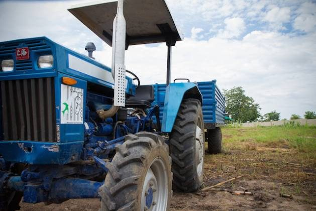 Agricultural mechanisation is on the rise in Africa, replacing hand hoes and animal traction across the continent. While around 80-90% of all farmers still rely on manual labour or draught animals, this is changing, driven by falling machinery prices and rising rural wages