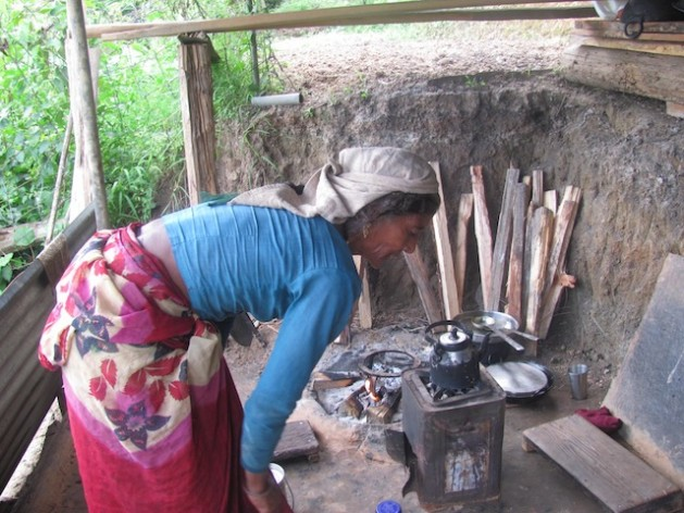 About 2.5 billion people globally rely for cooking on the traditional use of solid biomass, notably fuelwood, charcoal and dung.  This figure includes 680 million people in India and 800 million throughout Sub-Saharan Africa