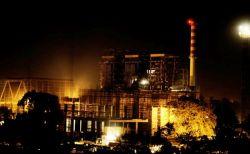 The new waste burner dominates South Delhi. Credit: Sandeep Biswas/IPS