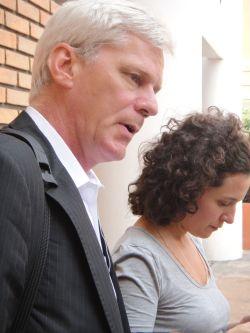 Kristinn Hrafnsson with Natalia Viana, of Pública.  Credit: Clarinha Glock/IPS