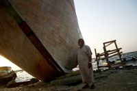 The now useless boat built by Abu Fayez. Credit: Eva Bartlett/IPS.