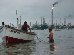 The oil-refining municipality of Carirubana is banning plastic bags.  Credit: Yanethe Gamboa/IPS