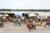 Food market on the Atrato River, Quibdó, Colombia. Credit: Jesús Abad Colorado/IPS