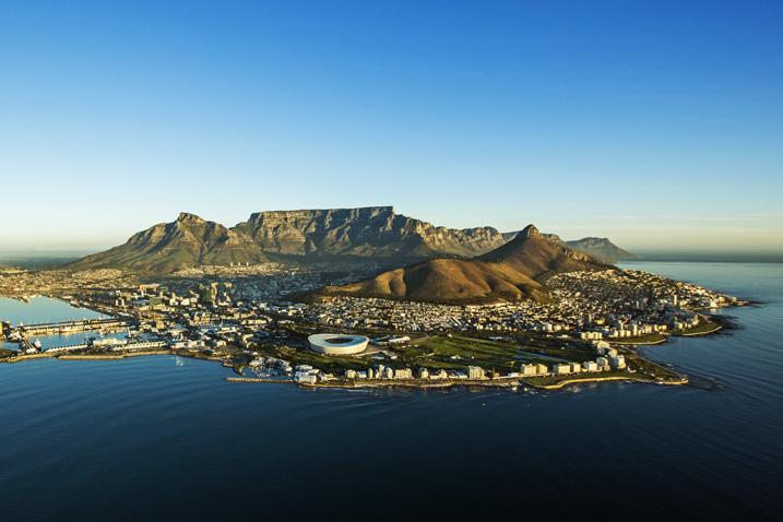 In Kapstadt, der zweitgrößten Stadt Südafrikas, leben bereits mehr als vier Millionen Menschen. (Bild: Shutterstock.com)